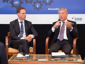 European Commission Vice-President Jyrki Katainen and Commissioner Karmenu Vella exchange views with local business stakeholders