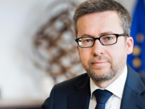 Moedas: 'Countries that increased spending in R+D better weathered the crisis'