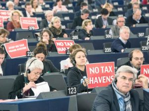 Commission moves to tighten tax evasion rules
