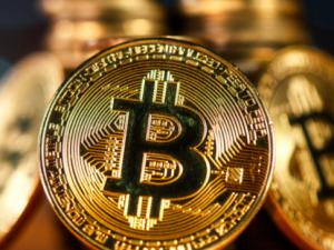 Cryptocurrencies facing 'pricing bubble', EU watchdogs warn