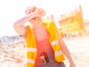 Climate change affects workers' health in all business segments, says French agency