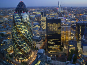 Commission defends 'equivalence' with UK for financial services